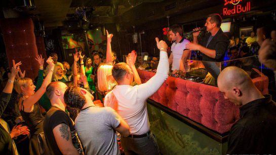 Выступление Дяди Жоры в клубе Queens