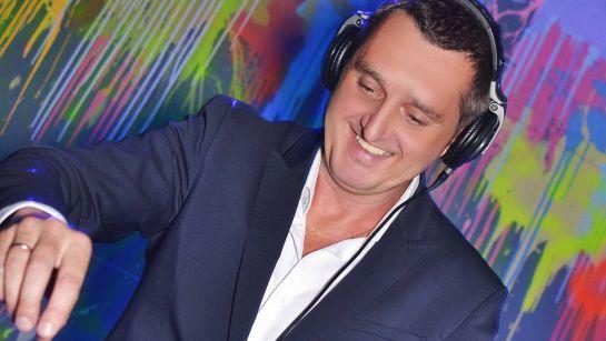 DJ set и клубная вечеринка от DJ Дядя Жора в городе Мукачево