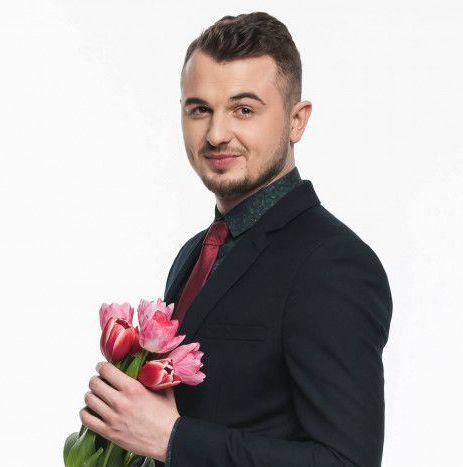 Евгений Янович с цветами