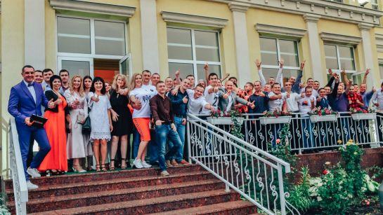 Весь коллектив на корпоративе ВАЮР 20 лет Влюбленные в мороженое с Дядей Жорой