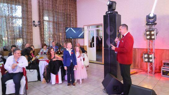 Поздравление от юных гостей на свадьбе Виктории и Александра в Магдалиновке с Дядя Жора Company