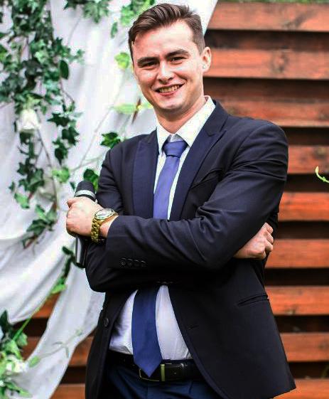 Андрей Олач ведущий супермаркет артистов