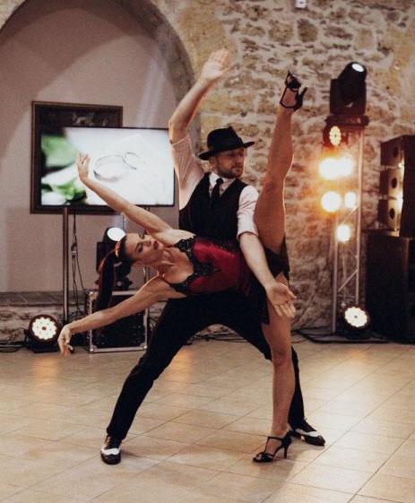 Шоу-балет Сергей Змеёк и Наталья Слисаренко