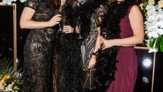 Веселые подружки на Gatsby birthday party с Дядя Жора Company