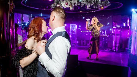 Самая красивая пара на Gatsby birthday party с Дядя Жора Company