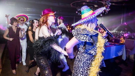 Веселые танцы с Могилевской на Gatsby birthday party с Дядя Жора Company
