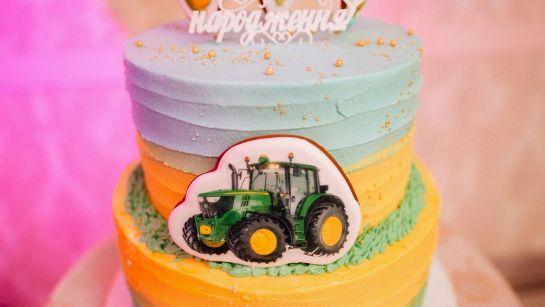Оригинальный праздничный торт на Юбилее 50 лет в г.Гайворон с Дядя Жора Company